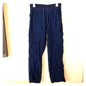 Navy scrub pants, stretchy waist, small